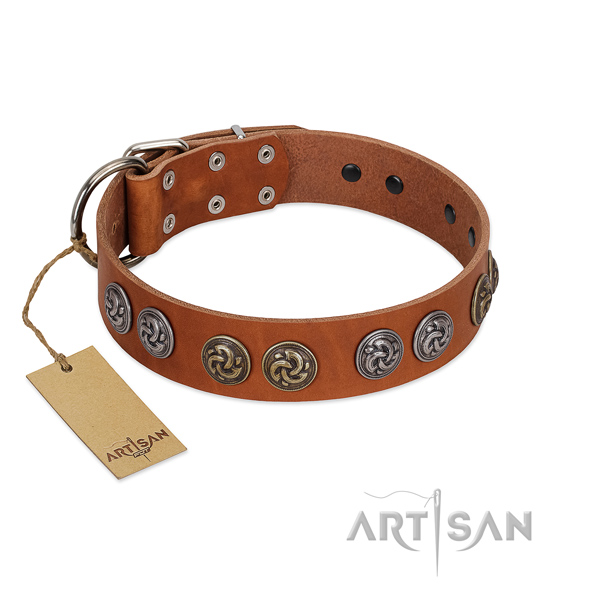 Handy use best quality full grain genuine leather dog collar with studs