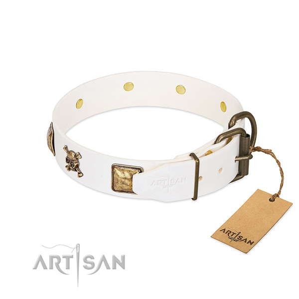 Comfortable wearing full grain natural leather dog collar with stylish design decorations