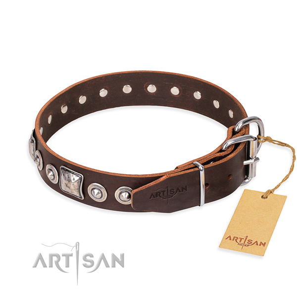 Genuine leather dog collar made of best quality material with rust-proof studs