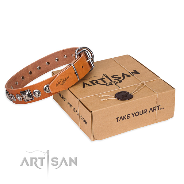 Full grain leather dog collar made of best quality material with reliable buckle