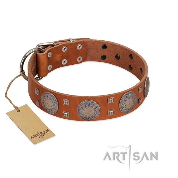 Easy adjustable full grain natural leather collar for your attractive pet